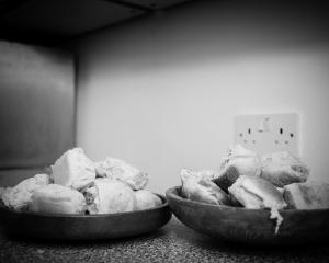 house of bread bread church_04